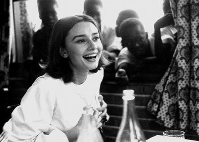 Audrey-Hepburn-Smile-Leo-Fuchs