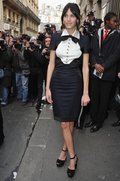 Alexa+Chung+Chanel+Arrivals+Paris+Fashion+I0kmA8d_55Hl