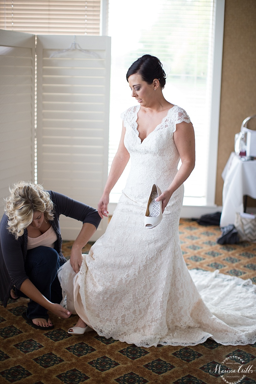 Bride getting ready | Deer Creek Golf Club | Marissa Cribbs Photography