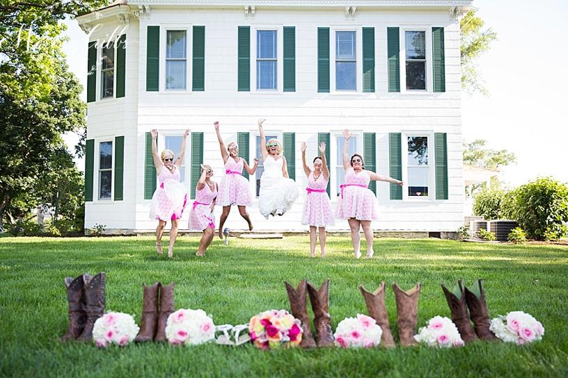 Kansas City Wedding Photographer Thompson Barn Wedding_0133.jpg