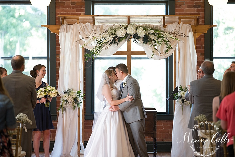 Town Square Paola Wedding| KC Wedding Photographer| Marissa Cribbs Photography | KC Photographer_0952.jpg