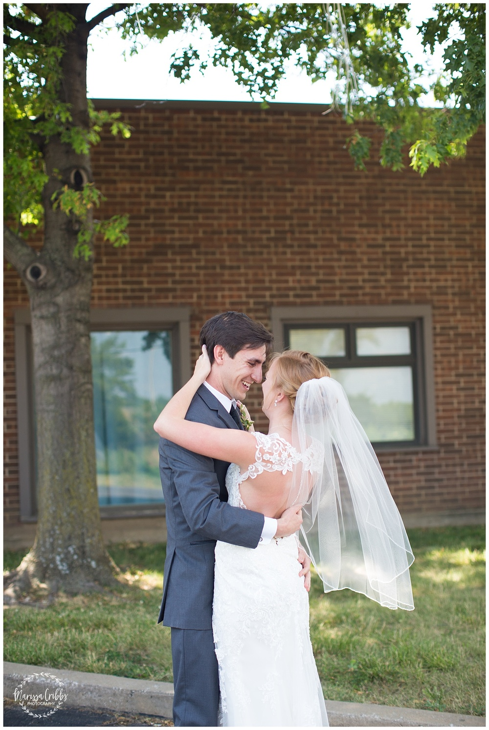 Twin Double Wedding | Union Horse Distilling Co. | Marissa Cribbs Photography | KC Weddings_0063.jpg