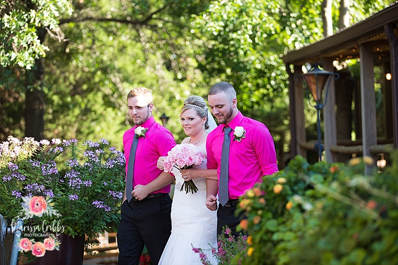 Eberly Farm Wedding | Wichita Wedding Photographer | Marissa Cribbs Photography_4773.jpg