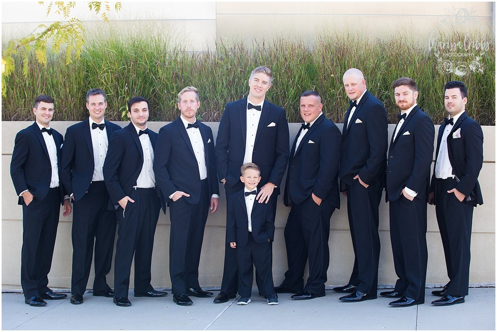 The President Hilton Wedding | KC Wedding Photographers | Emily & Dustin | Marissa Cribbs Photography_0686.jpg