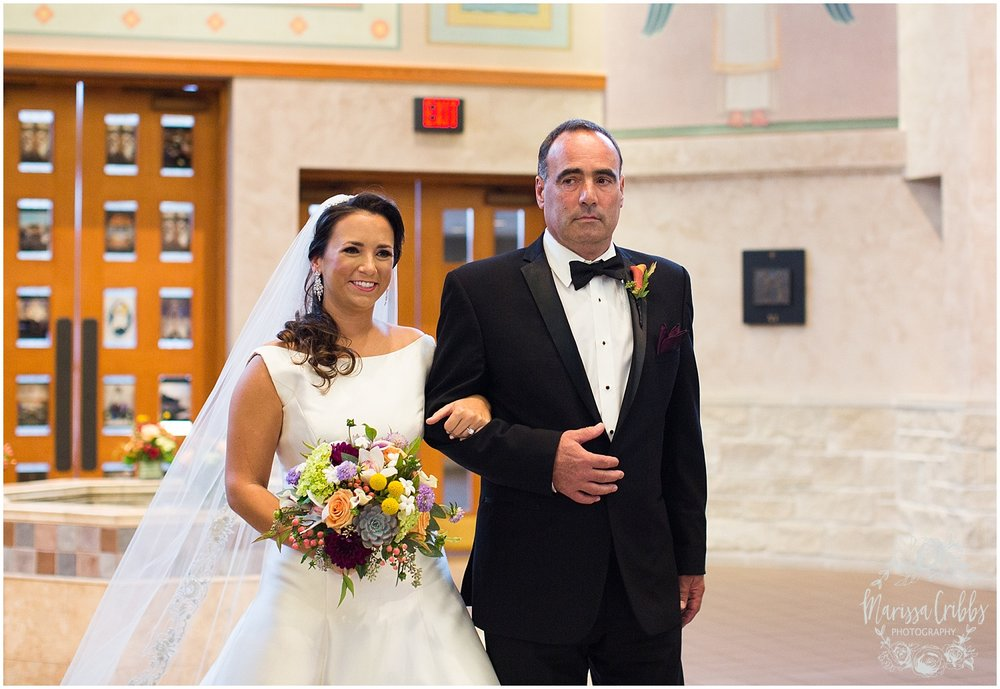 Blue Hills Country Club Wedding | Marissa Cribbs Photography | Nolte's Bridal | KC Wedding Photographer | KC Weddings_1109.jpg