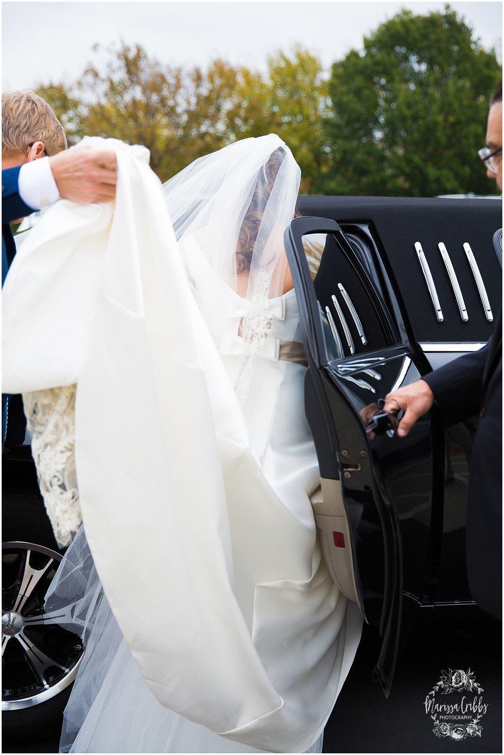 Blue Hills Country Club Wedding | Marissa Cribbs Photography | Nolte's Bridal | KC Wedding Photographer | KC Weddings_1138.jpg