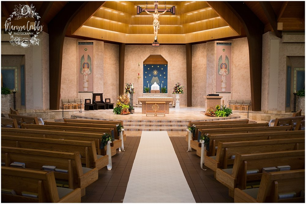 Blue Hills Country Club Wedding | Marissa Cribbs Photography | Nolte's Bridal | KC Wedding Photographer | KC Weddings_1139.jpg