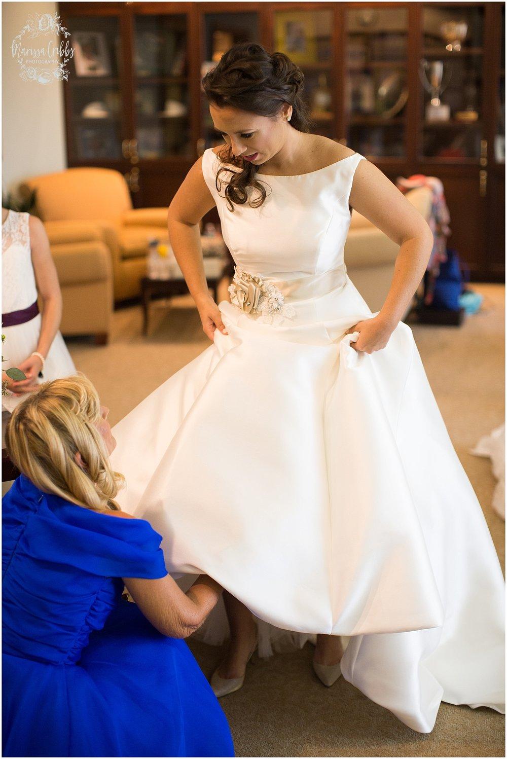 Blue Hills Country Club Wedding | Marissa Cribbs Photography | Nolte's Bridal | KC Wedding Photographer | KC Weddings_1140.jpg