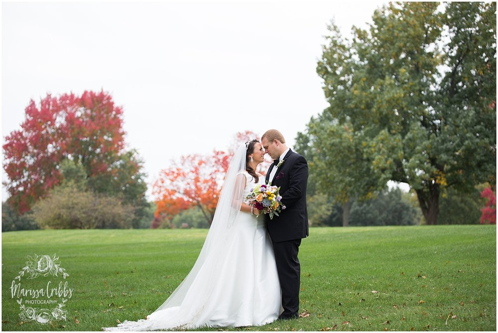 Blue Hills Country Club Wedding | Marissa Cribbs Photography | Nolte's Bridal | KC Wedding Photographer | KC Weddings_1163.jpg