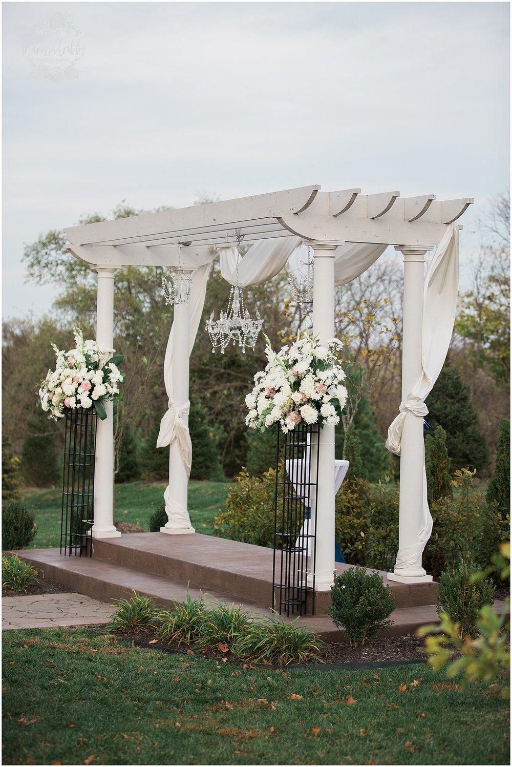 Alex & Amie | Eighteen Ninety Event Space | Marissa Cribbs Photography | Kansas City Perfect Wedding Guide_1329.jpg