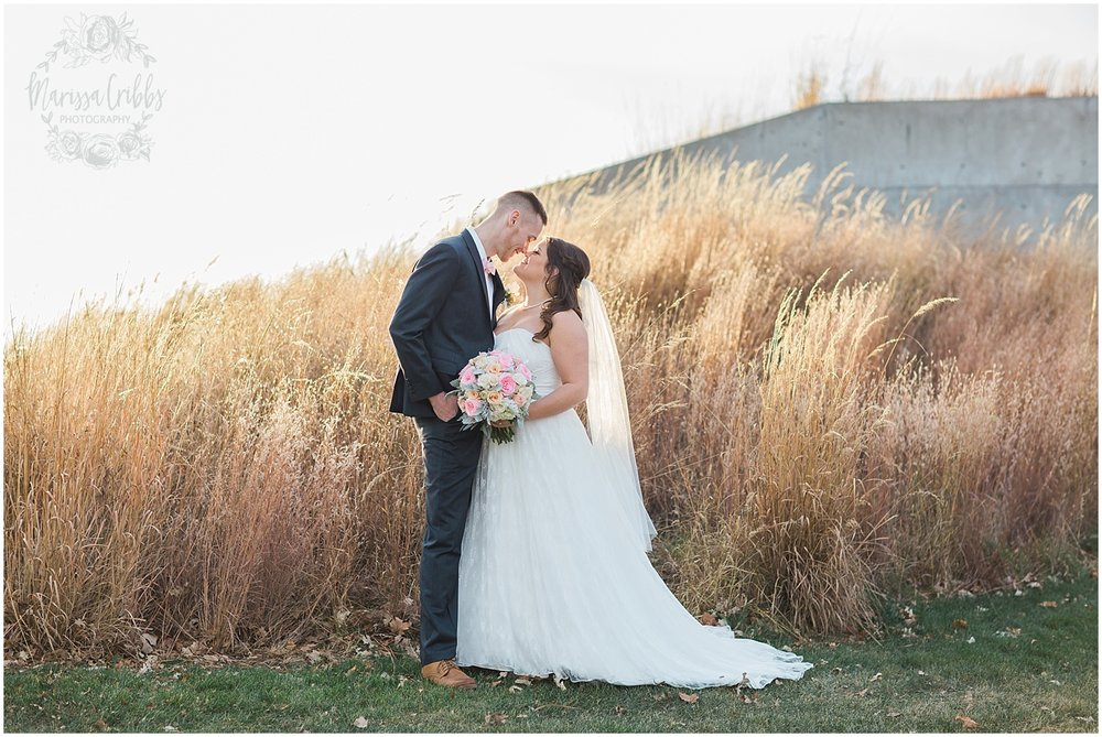 Thompson Barn Wedding | KC Wedding Photographer | Marissa Cribbs Photography_1535.jpg