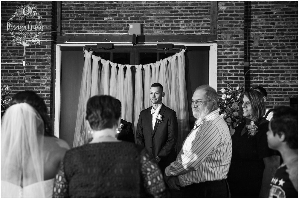 Thompson Barn Wedding | KC Wedding Photographer | Marissa Cribbs Photography_1559.jpg
