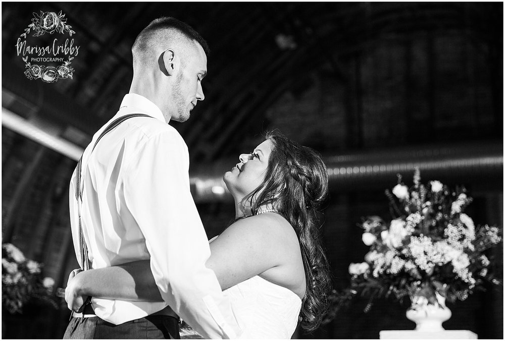 Thompson Barn Wedding | KC Wedding Photographer | Marissa Cribbs Photography_1604.jpg