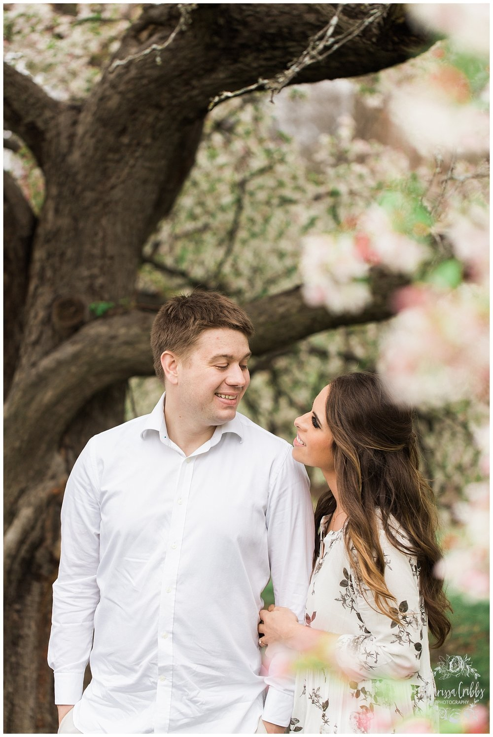Loose Park Photography | KC Photographers | Marissa Cribbs Photography | KC Wedding Photographers_0643.jpg