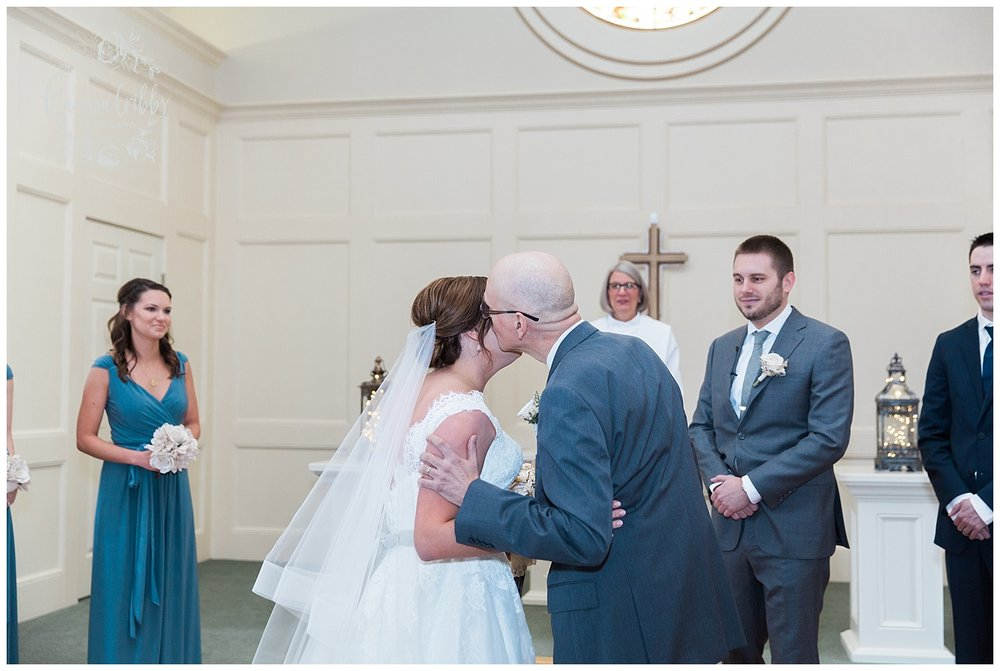 Hawthorne House Wedding | Katie & David | KC Photographers | Marissa Cribbs Photography | KC Wedding Photographers_0701.jpg
