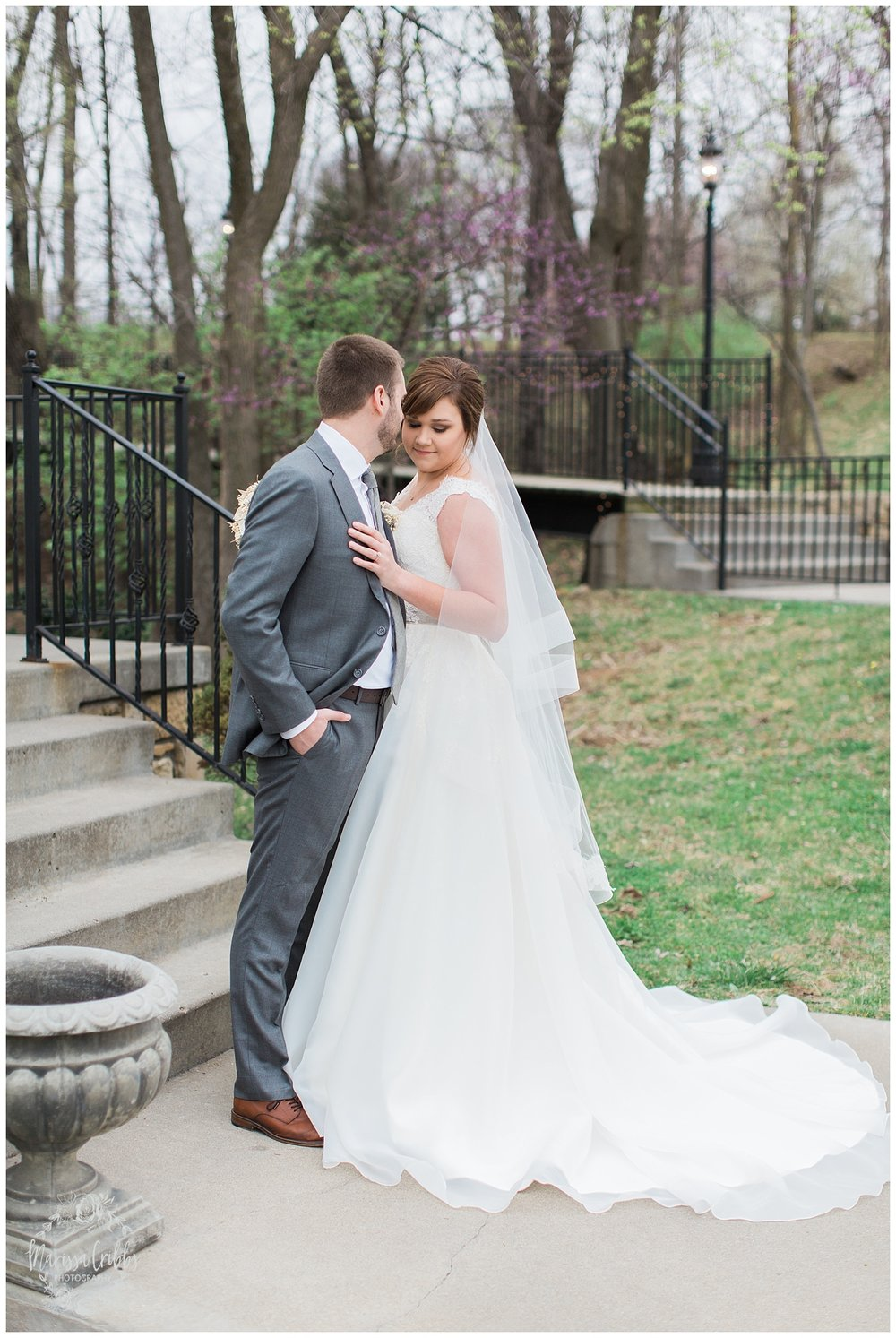 Hawthorne House Wedding | Katie & David | KC Photographers | Marissa Cribbs Photography | KC Wedding Photographers_0726.jpg
