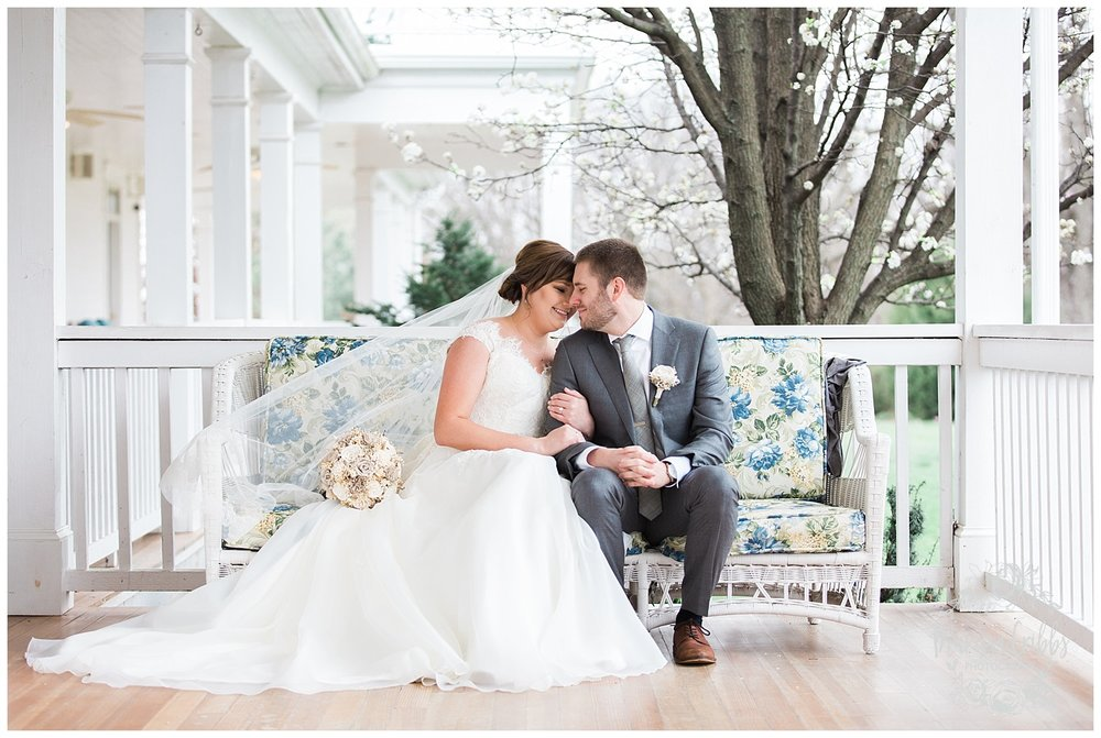 Hawthorne House Wedding | Katie & David | KC Photographers | Marissa Cribbs Photography | KC Wedding Photographers_0737.jpg
