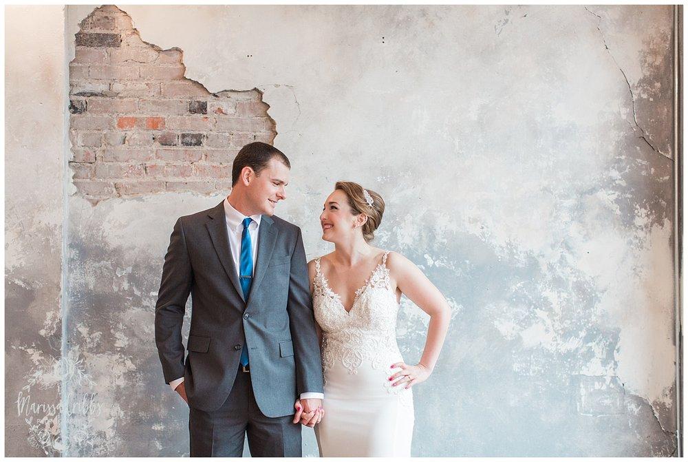 Bride & The Bauer Wedding | Hannah & Jeff | KC Wedding Photographers | Rainy Wedding Photos KC | Marissa Cribbs Photography_1042.jpg