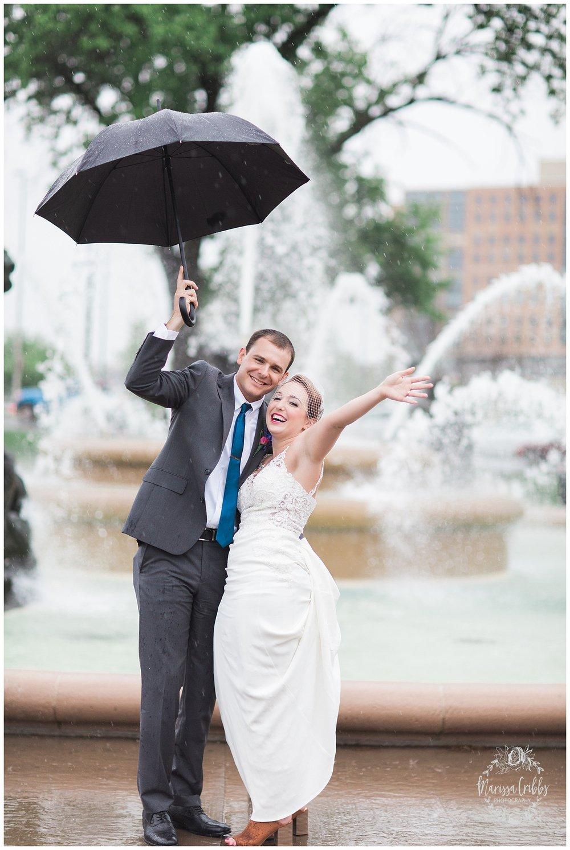 Bride & The Bauer Wedding | Hannah & Jeff | KC Wedding Photographers | Rainy Wedding Photos KC | Marissa Cribbs Photography_1087.jpg