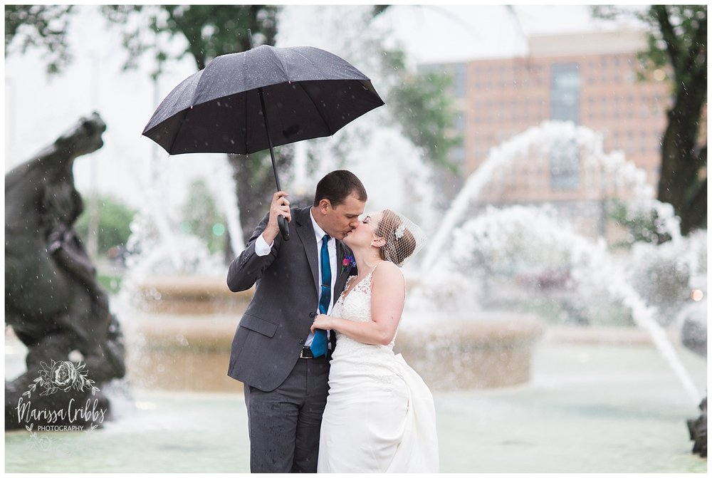 Bride & The Bauer Wedding | Hannah & Jeff | KC Wedding Photographers | Rainy Wedding Photos KC | Marissa Cribbs Photography_1089.jpg