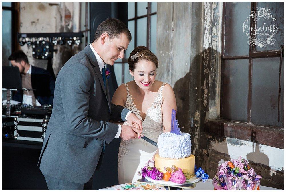 Bride & The Bauer Wedding | Hannah & Jeff | KC Wedding Photographers | Rainy Wedding Photos KC | Marissa Cribbs Photography_1108.jpg