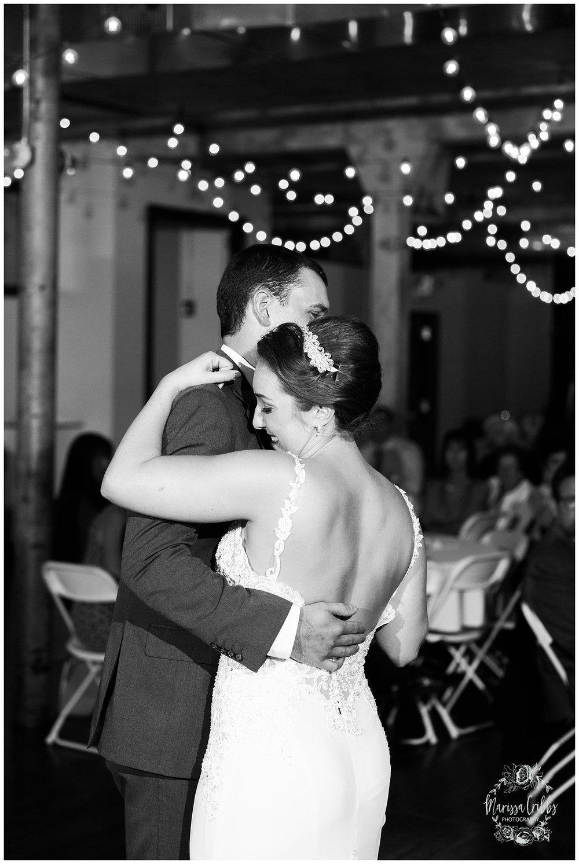 Bride & The Bauer Wedding | Hannah & Jeff | KC Wedding Photographers | Rainy Wedding Photos KC | Marissa Cribbs Photography_1134.jpg