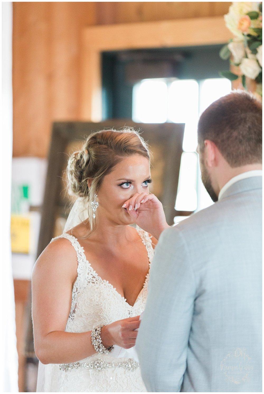 CHELSEY & TRAVIS MARRIED | MILDALE FARM WEDDING | KC WEDDING PHOTOGRAPHERS | MARISSA CRIBBS PHOTOGRAPHY_1282.jpg