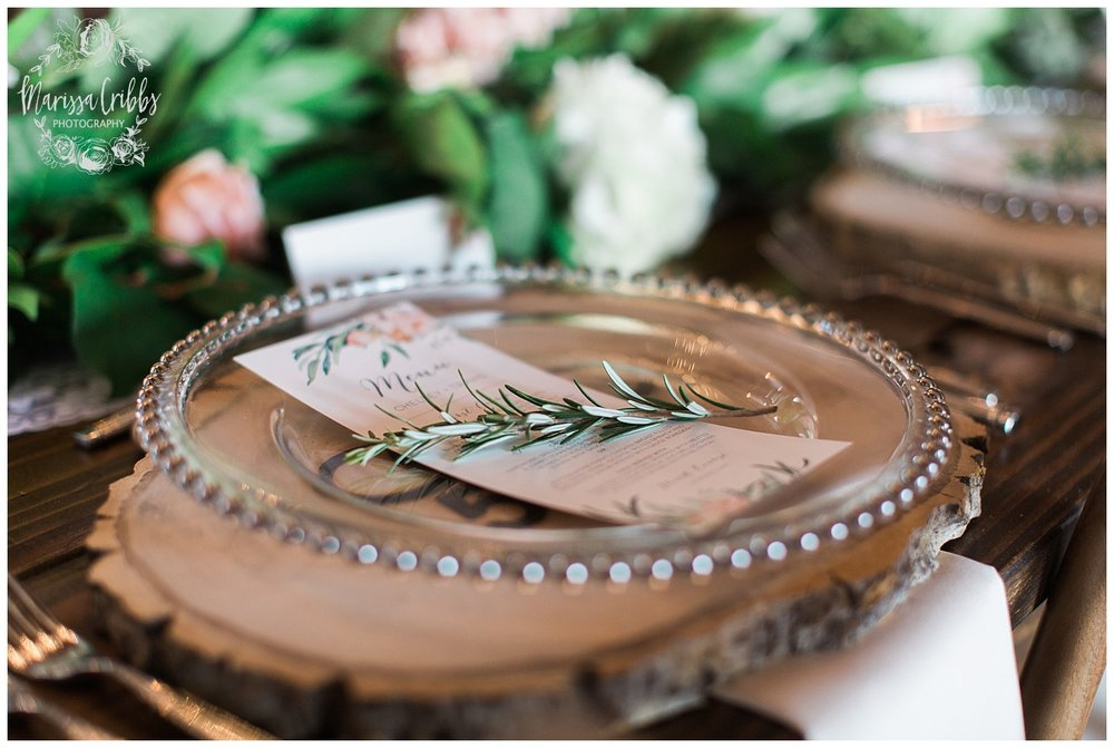 CHELSEY & TRAVIS MARRIED | MILDALE FARM WEDDING | KC WEDDING PHOTOGRAPHERS | MARISSA CRIBBS PHOTOGRAPHY_1333.jpg