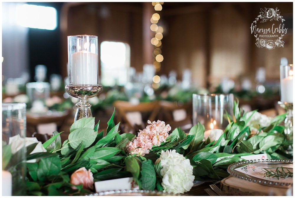 CHELSEY & TRAVIS MARRIED | MILDALE FARM WEDDING | KC WEDDING PHOTOGRAPHERS | MARISSA CRIBBS PHOTOGRAPHY_1334.jpg