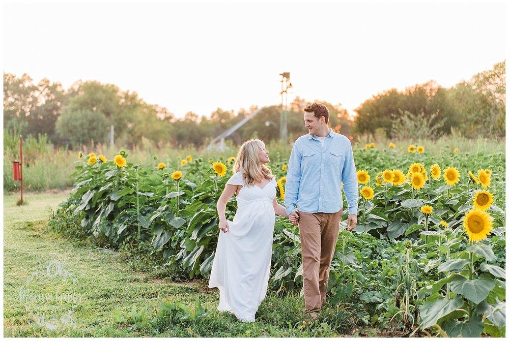 DRAZ MATERNITY | GRINTER FARMS | MARISSA CRIBBS PHOTOGRAPHY_2572.jpg