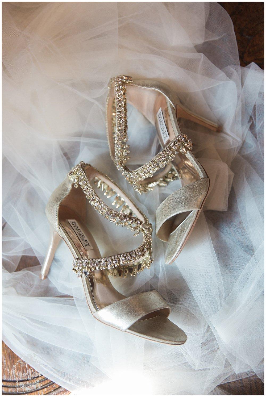 CARRIAGE CLUB WEDDING | LOOSE PARK WEDDING | MALERI & JP | MARISSA CRIBBS PHOTOGRAPHY_2772.jpg