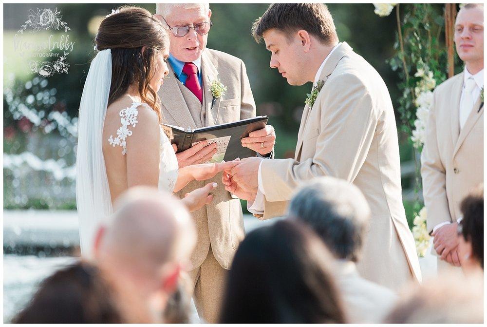 CARRIAGE CLUB WEDDING | LOOSE PARK WEDDING | MALERI & JP | MARISSA CRIBBS PHOTOGRAPHY_2806.jpg