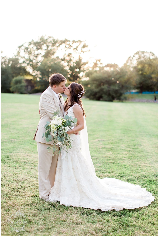 CARRIAGE CLUB WEDDING | LOOSE PARK WEDDING | MALERI & JP | MARISSA CRIBBS PHOTOGRAPHY_2838.jpg