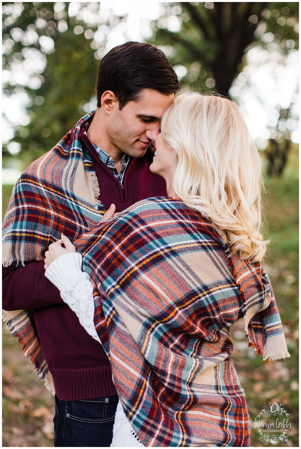 CLOE & GABE LIBERTY MEMORIAL ENGAGEMENT | MARISSA CRIBBS PHOTOGRAPHY | LOOSE PARK ENGAGEMENT_3463.jpg