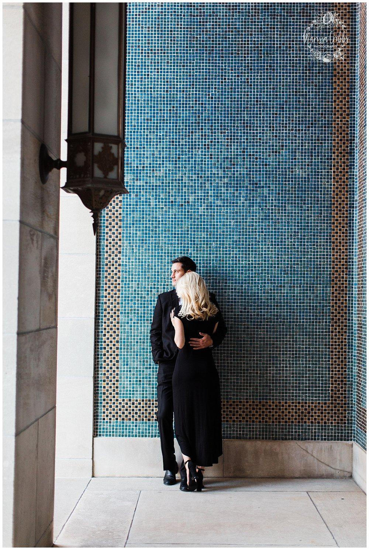 CLOE & GABE LIBERTY MEMORIAL ENGAGEMENT | MARISSA CRIBBS PHOTOGRAPHY | LOOSE PARK ENGAGEMENT_3475.jpg