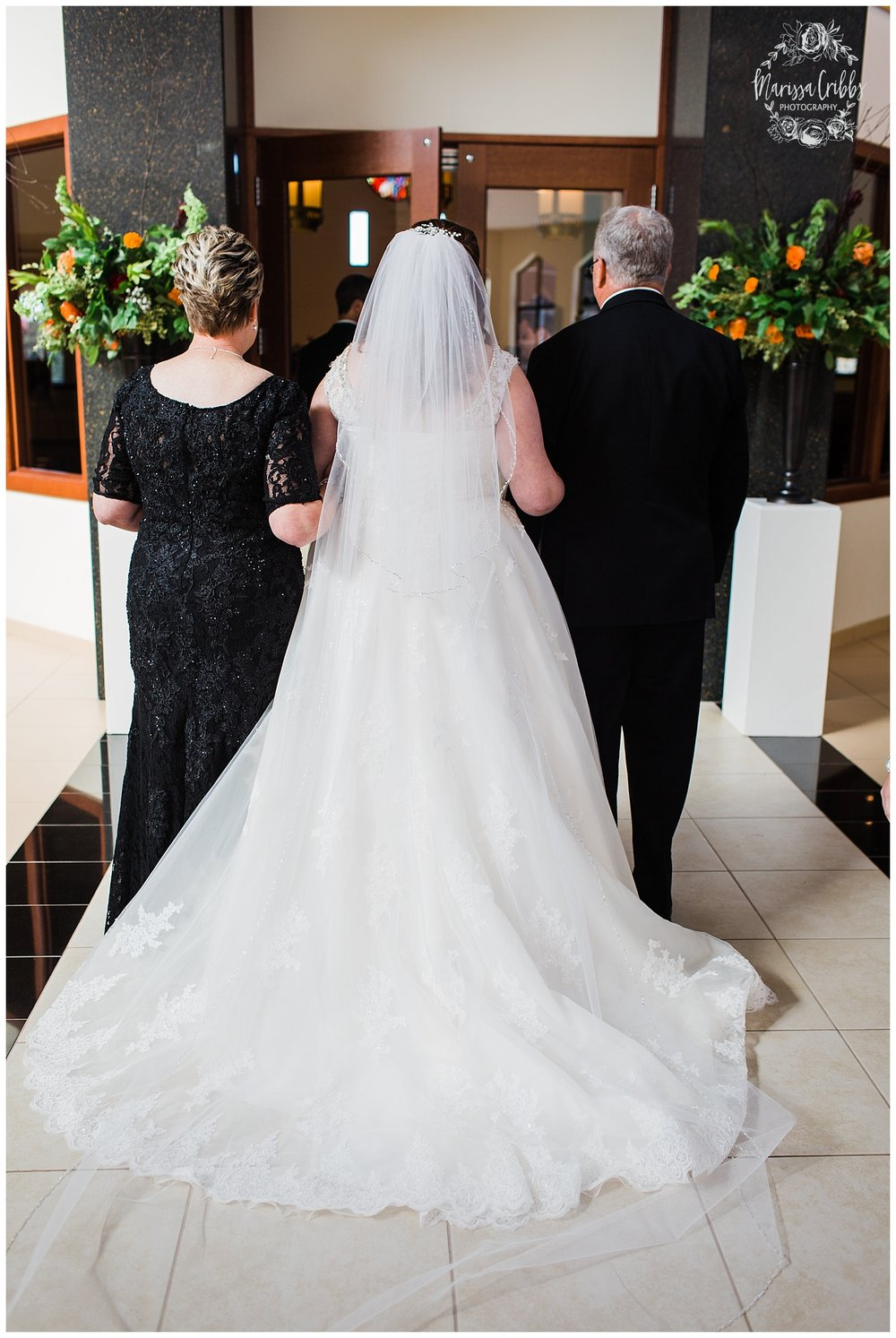 KELLY WEDDING | VENUE AT WILLOW CREEK | MARISSA CRIBBS PHOTOGRAPHY_3695.jpg