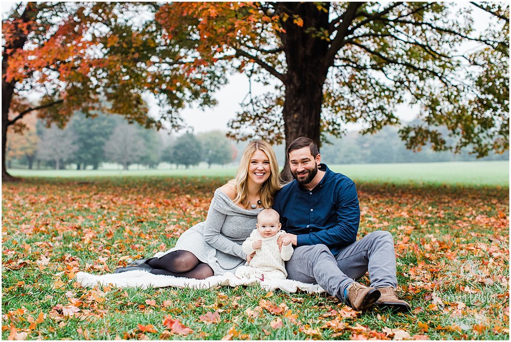 MILLER FAMILY LOOSE PARK | MARISSA CRIBBS PHOTOGRAPHY | KC FAMILY PHOTOGRAPHY_3805.jpg