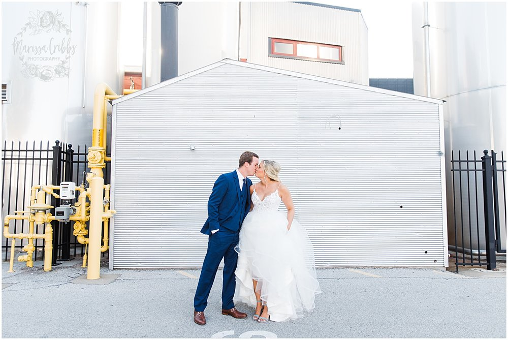 BOULEVARD BREWERY KC RECEPTION | MADI & ZACH | MARISSA CRIBBS PHOTOGRAPHY_5382.jpg