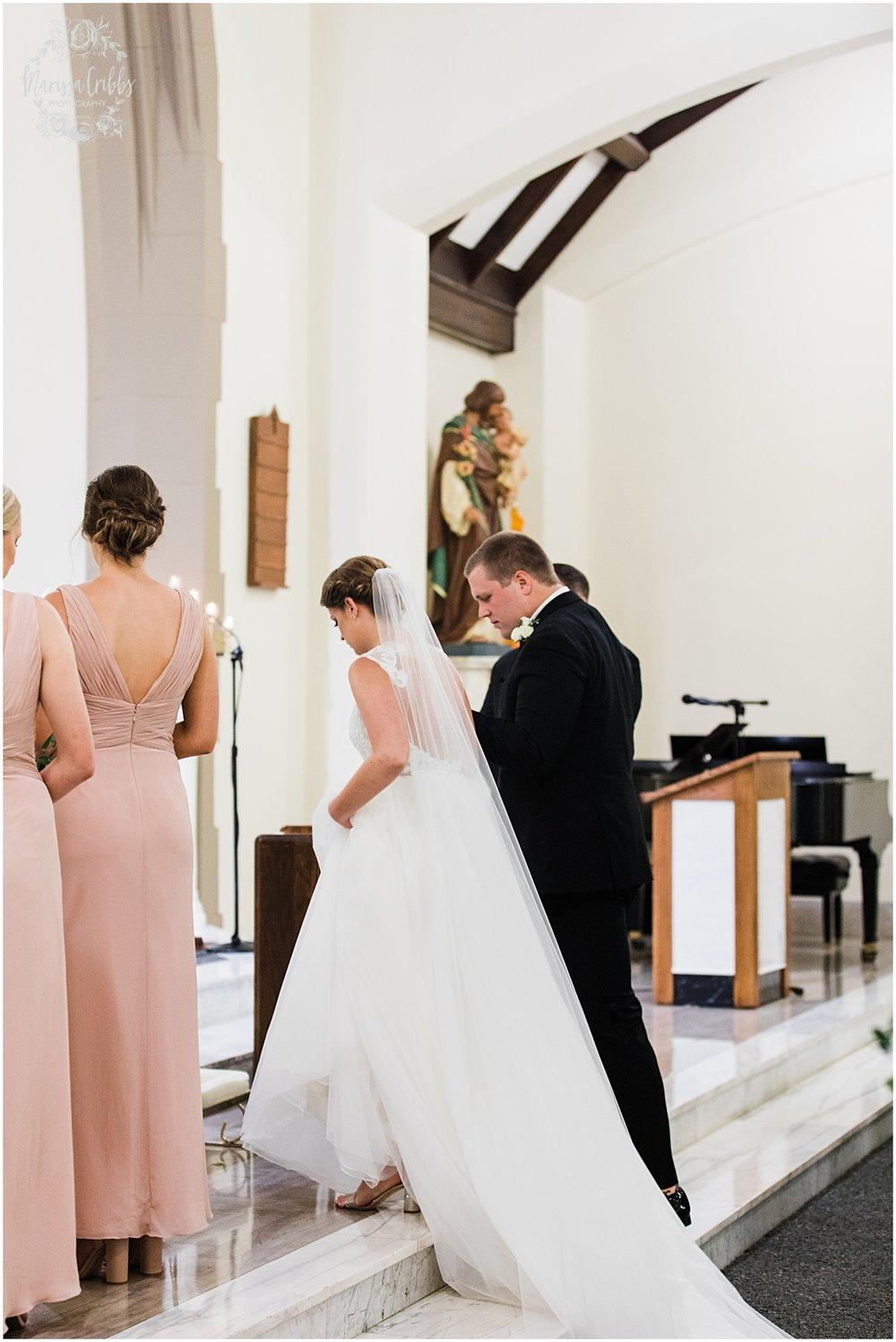 LAKE QUIVIRA COUNTRY CLUB WEDDING | MORGAN & RYAN | MARISSA CRIBBS PHOTOGRAPHY_5440.jpg