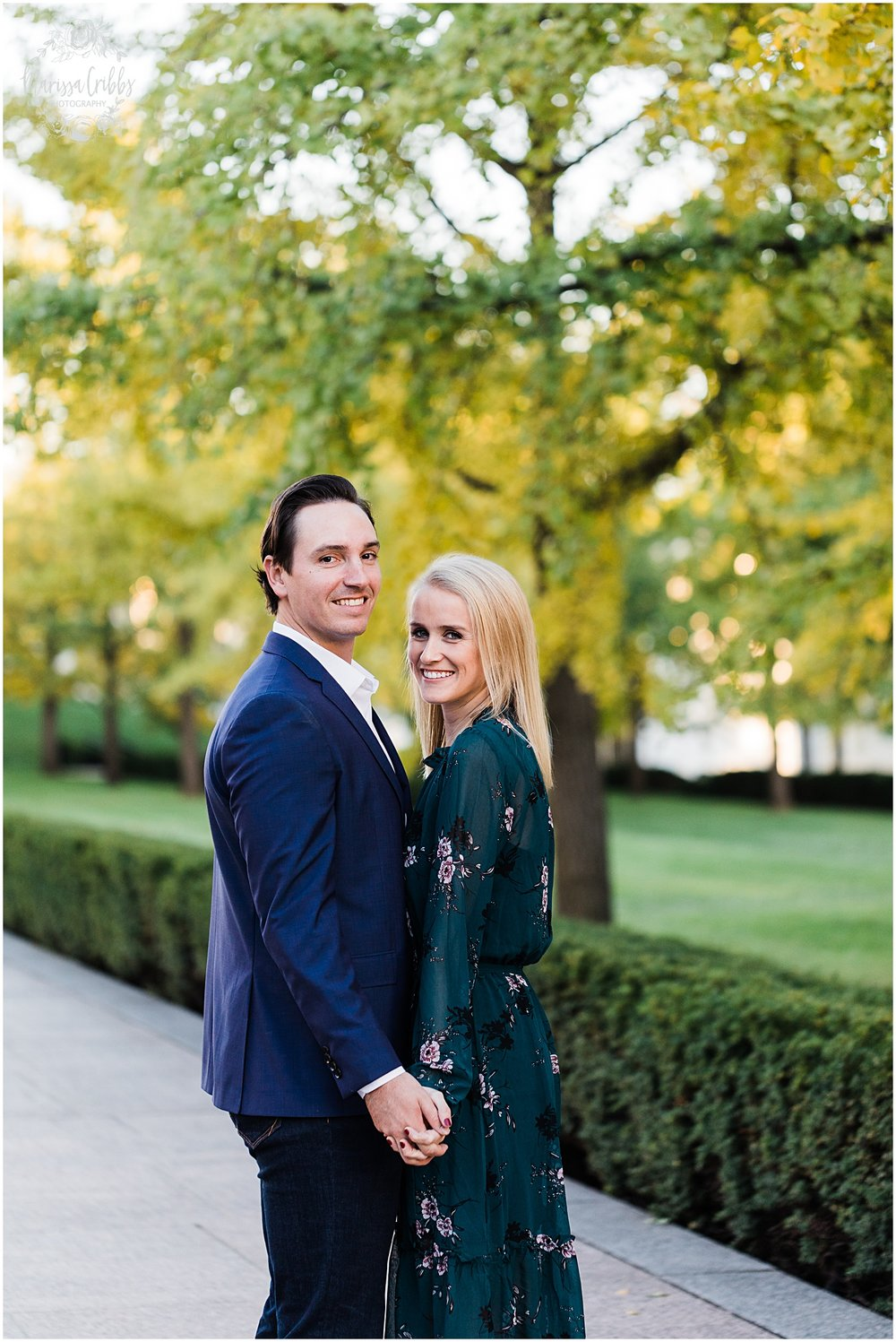 HALEY & CHASE ENGAGED LOOSE PARK & NELSON ATKINS | FALL ENGAGEMENT PHOTOS | MARISSA CRIBBS PHOTOGRAPHY_6878.jpg