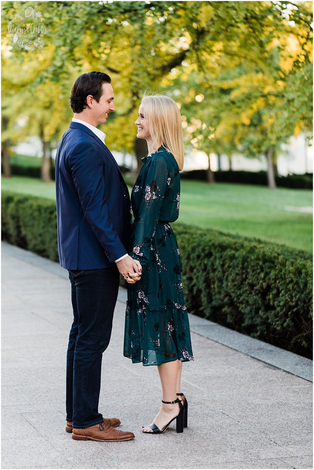 HALEY & CHASE ENGAGED LOOSE PARK & NELSON ATKINS | FALL ENGAGEMENT PHOTOS | MARISSA CRIBBS PHOTOGRAPHY_6877.jpg