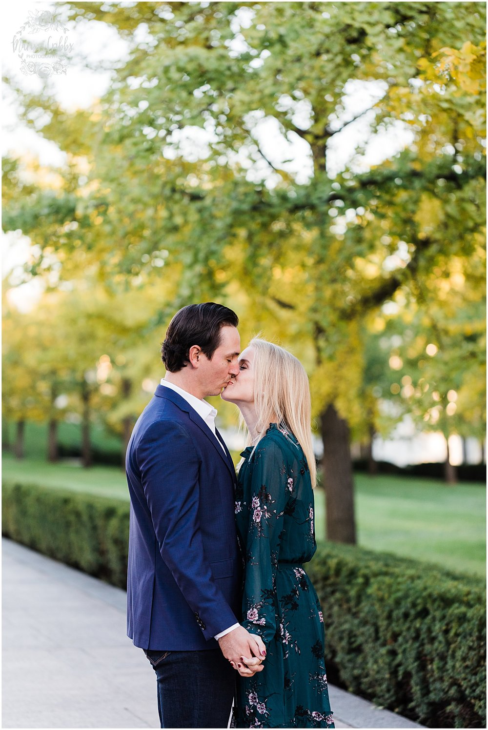 HALEY & CHASE ENGAGED LOOSE PARK & NELSON ATKINS | FALL ENGAGEMENT PHOTOS | MARISSA CRIBBS PHOTOGRAPHY_6879.jpg
