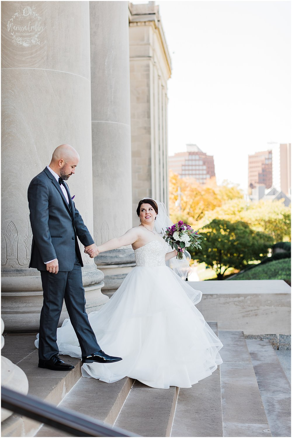 LAURA & DAN MARRIED | NELSON ATKINS MUSEUM | MARISSA CRIBBS PHOTOGRAPHY_7002.jpg