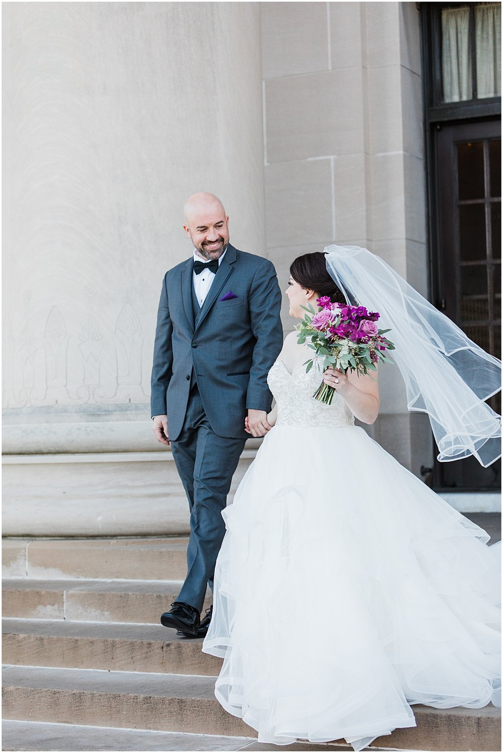 LAURA & DAN MARRIED | NELSON ATKINS MUSEUM | MARISSA CRIBBS PHOTOGRAPHY_7003.jpg