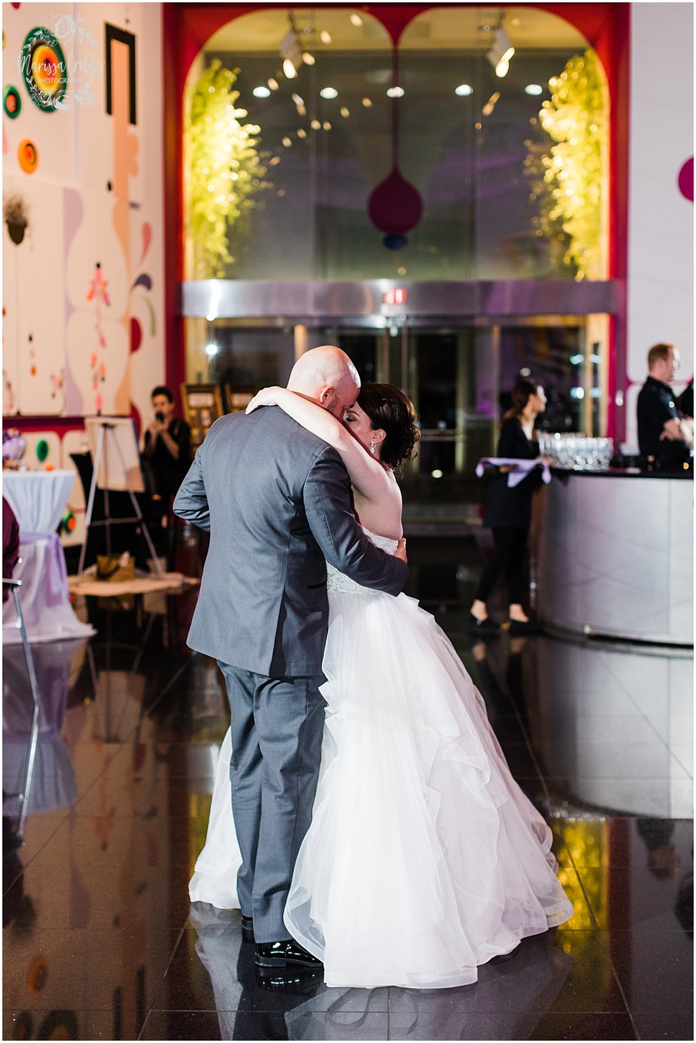 LAURA & DAN MARRIED | NELSON ATKINS MUSEUM | MARISSA CRIBBS PHOTOGRAPHY_7033.jpg