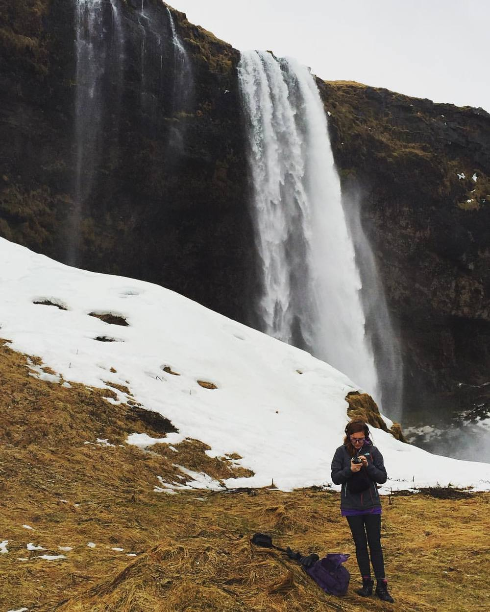 Setting up for a field recording at another of Iceland's eyesores. #soundart (à Seljalandsfoss)