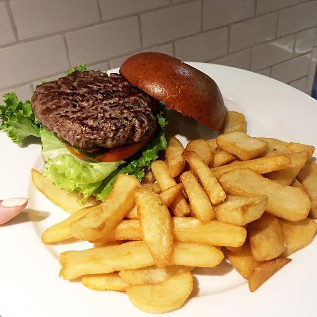 Happy Fry-day!! 🍟