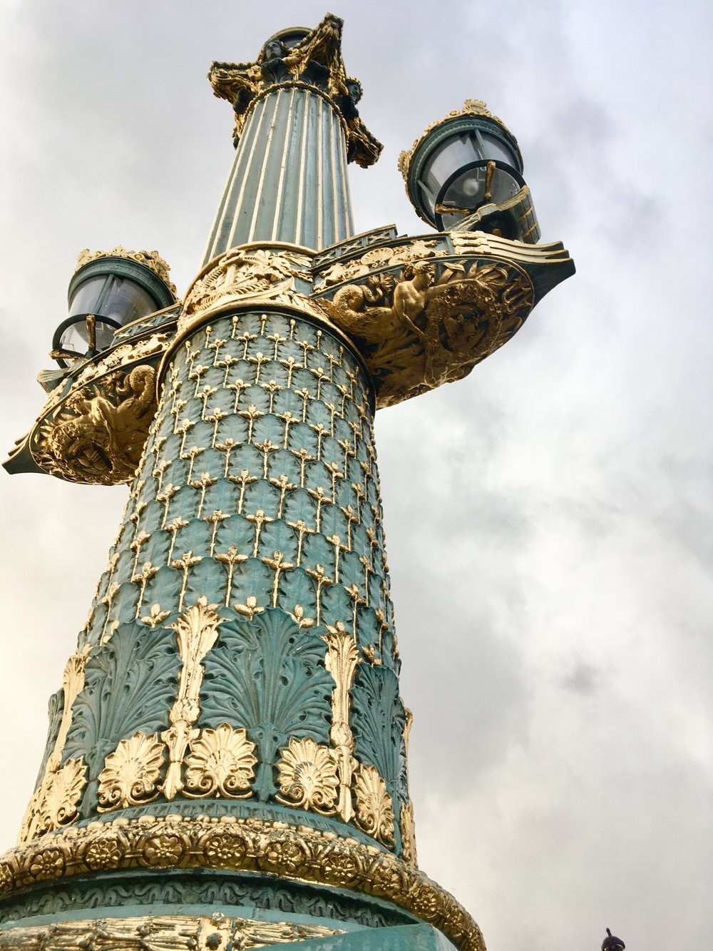 Someone took their time and fabricated this to make this column as beautiful as possible for the sake of beauty.  We don't make things like this anymore!  The colors and details on this column in the Place de la Concorde 😍