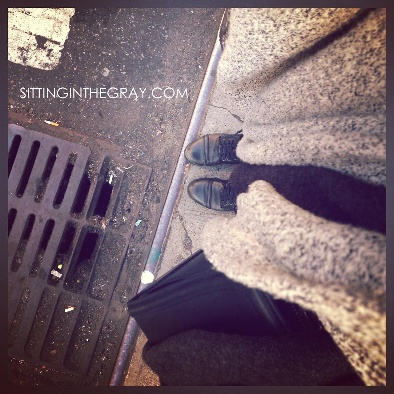 www.sittinginthegray.com