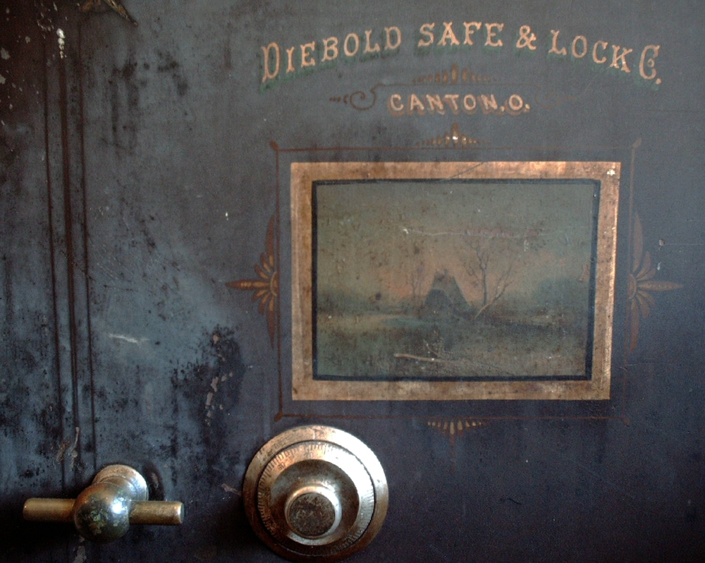 OldDieboldSafe2006-07.JPG